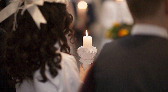 prezent komunijny od chrzestnej